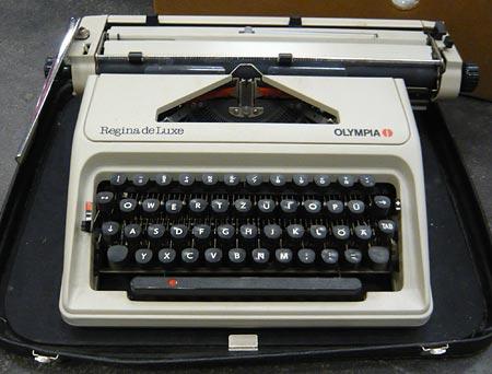 regina_11_schreibmaschine.jpg